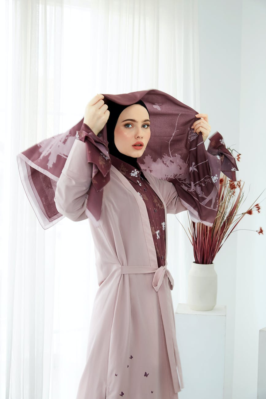 Hijab fashion guide 2018: How to look stylish and modest in hijab!
